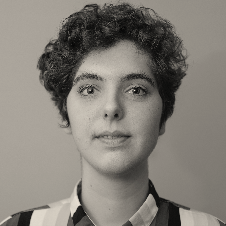 Flora de Carvalho </br> Estúdio Passeio – Brasil
